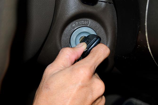 حتمن صبر کنید تا ماشین خنک شه، بعد ماشین رو خاموش کنین